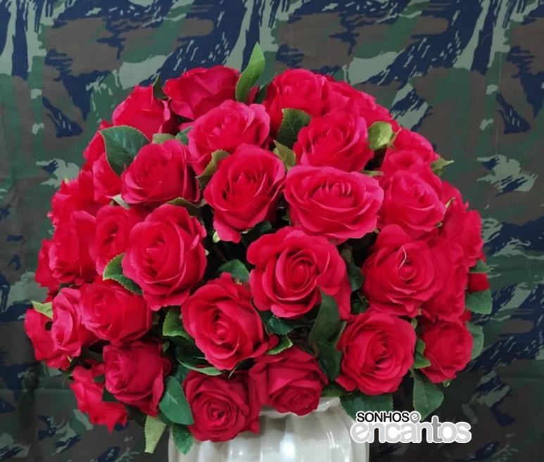 Arranjo Rosas Vermelhas GG